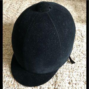 Nice English riding cap size 61/2/ 53